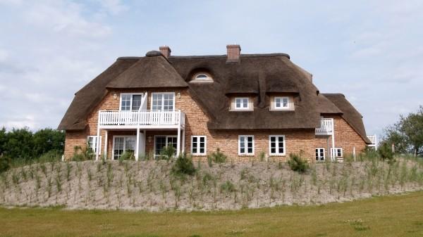 """Leinwandbild """"Typisches Haus Rügen"""""""